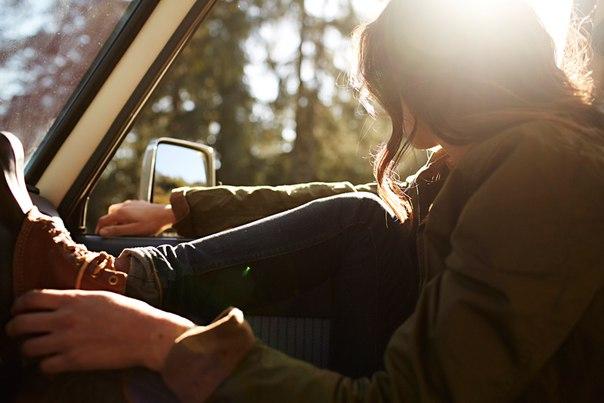 если вы находите человека, находящегося рядом с вами, привлекательным – скажите ему об этом. если вы замечаете человека, делающего наброски в своём скетчбуке – скажите о том, что у него выходит