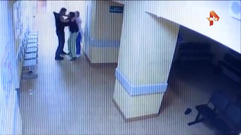 Нетрезвый пациент избил медиков в Новгородской области