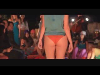 Naked Fashion show 2016-Paris Fashion Week in Full hd