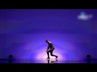 Танец, который взрывает ваш мозг! Спорим что будете смотреть второй раз