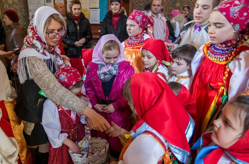 В воскресной школе «Радовесть» совершили славление праздника Воскресения Христова