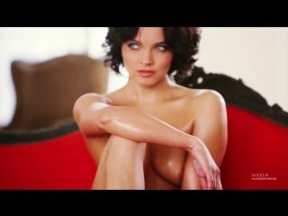 Наталья Земцова голая на съемках для Maxim (2013) 1080p