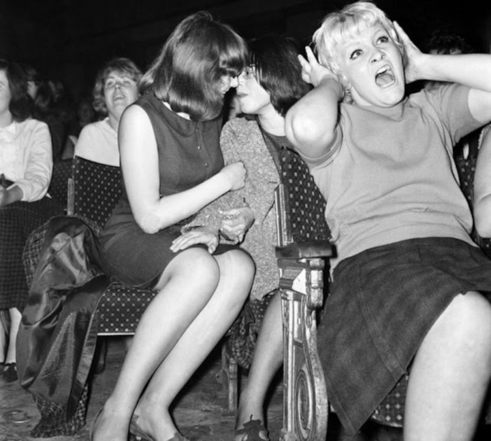 Зрители на концерте Битлз, США, 1964 год.