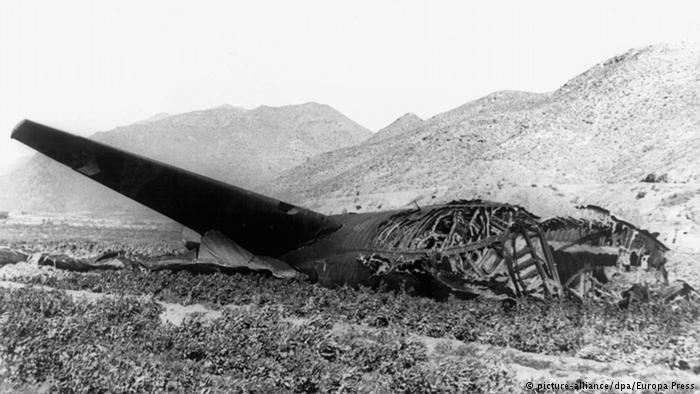 Обломки бомбардировщика B–52, разбившегося с термоядерным оружием на борту, Испания, 1966 год.