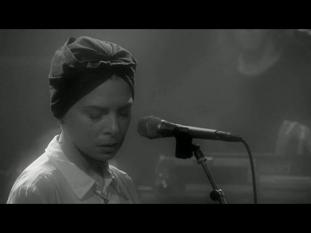 Live à FIP Mélanie De Biasio à la Maison de la Radio (2016)