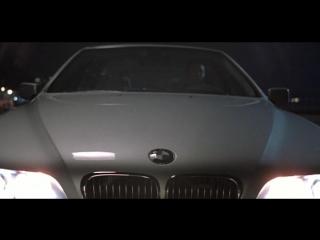 1.2 Избранный (Chosen). В ролях: Клайв Оуэн, Мэйсон Ли, Джэми Харрис.