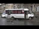 В Славянске автомобиль столкнулся с маршрутным такси - 21.03.2017