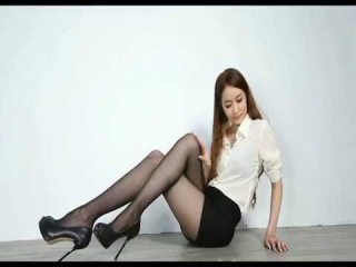 Beautiful model stockings high-heeled shoes Five