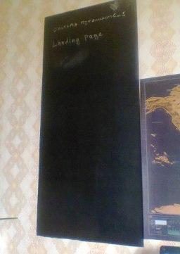 Виниловая чрная плнка которая превратит кусок стены в меловую доску Размер 45200 см