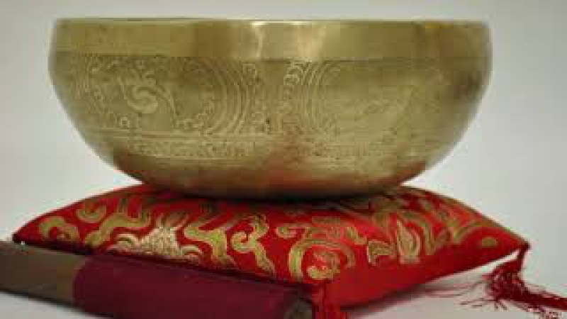 Тибетские поющие чаши для активация жизненной силы. Мощно работает с корневой ч ...