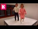 1 видео с Катя выбирает мебель для комнаты Принцессы Рум Тур яйца динозавров в шоколаде