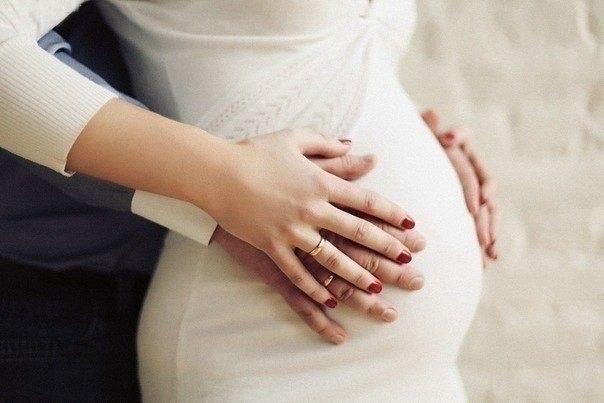 Красивое фото беременных на аву 25
