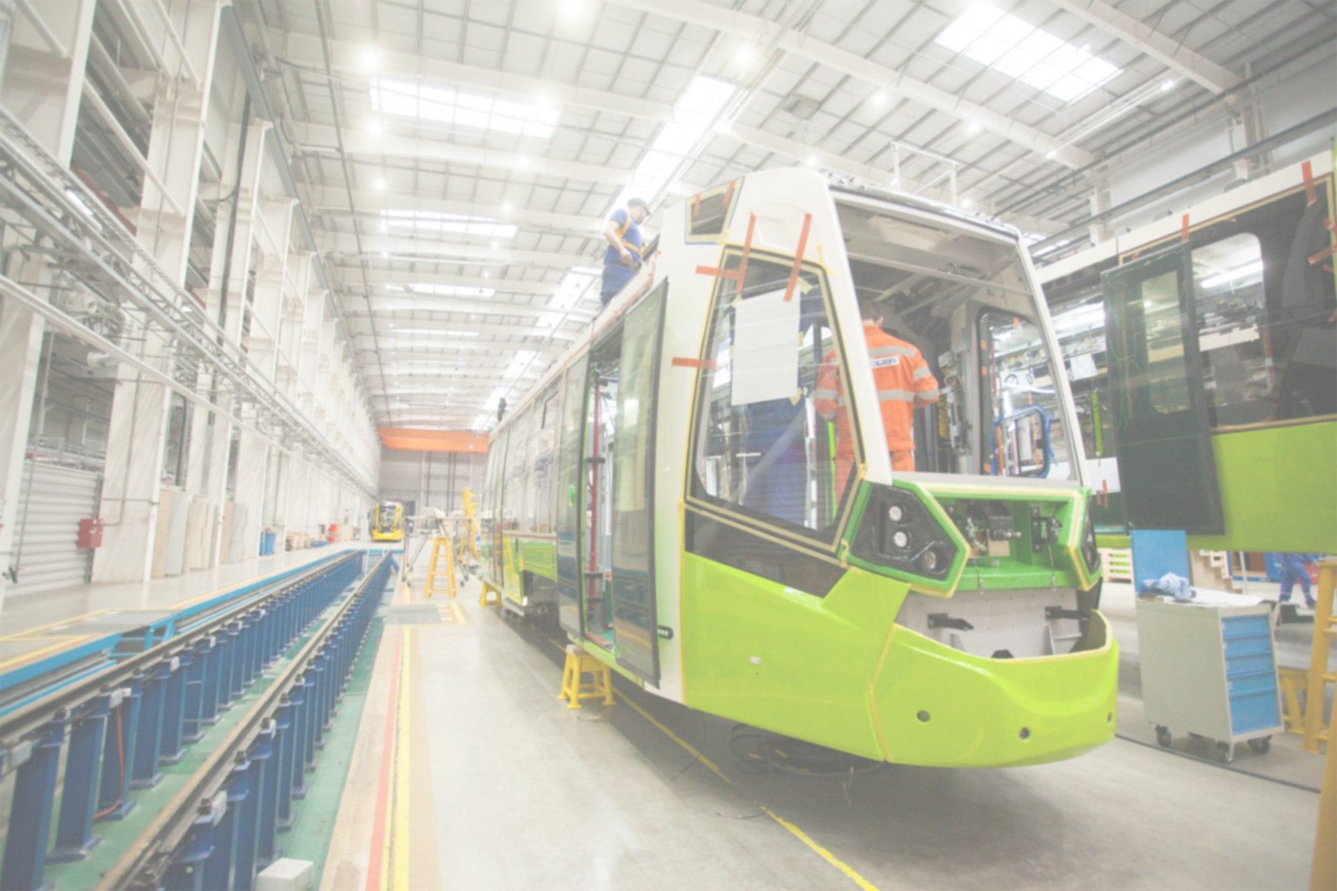 Трамвай Stadler (для ТКК) на заводе. Источник: http://chizhik-lrt.ru