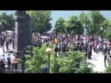 Омон гоняет школоту на митинге
