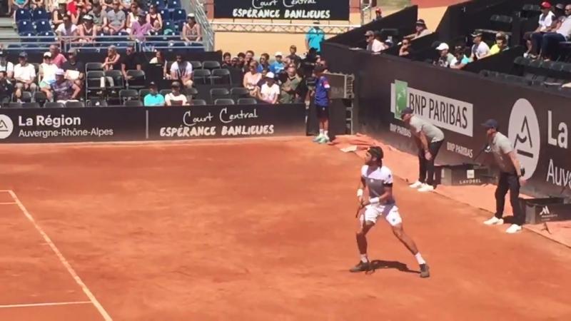 Теннис: Николоз Басилашвили (Грузия) против Николаса Кикера (Аргентина)