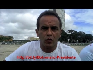 Mãe Implora por Ajuda de Dilma, Mas Quem Vai é Bolsonaro!