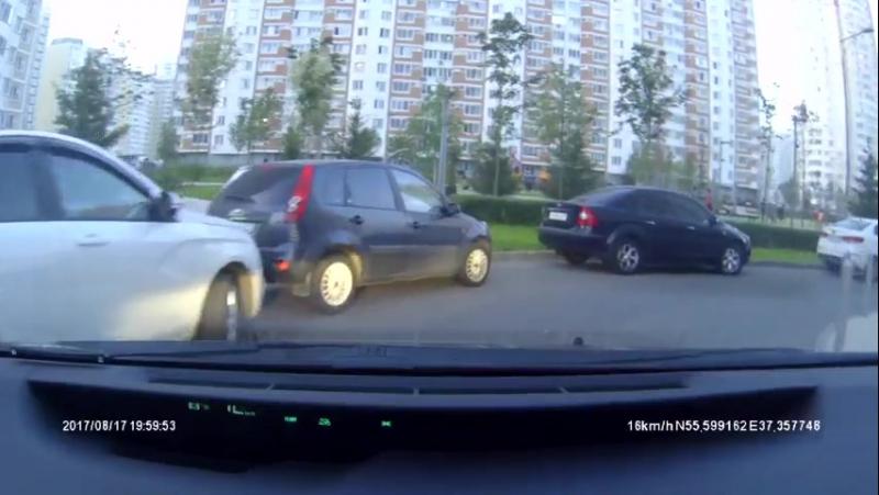 Водители, просто будьте внимательны.. Всегда.. Везде..
