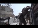 Корреспондент агентства Sputnik Сара Нуреддин вместе с сопровождающим военным попала под обстрел террориста ИГ в старом городе в
