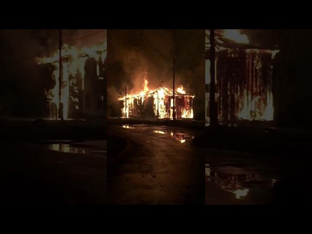 Видео: страшное зарево напугало жителей Брагино