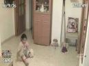 Полтергейст возле девочки   Poltergeist near girls