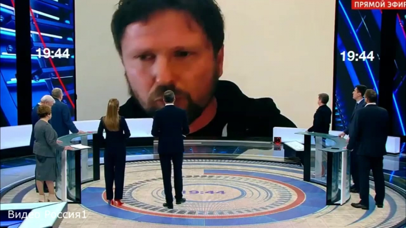 """Жириновский петуШарию """"Чем помочь, наркотики, оружие, деньги؟"""""""