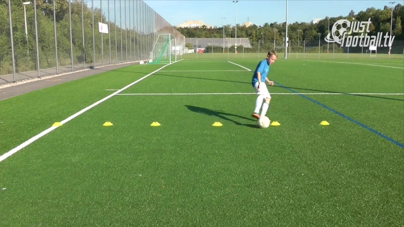 Fussballtraining_ Die 6er-Reihe Teil 3 - Ballkontrolle - Technik