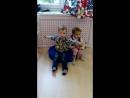 Бабушка рядышком с дедушкой...поют песню