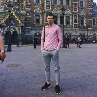 Денис Клевцов