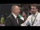 Rafael Ağayev İslam Oyunlarında qızıl qazandı Medalı Prezident verdi