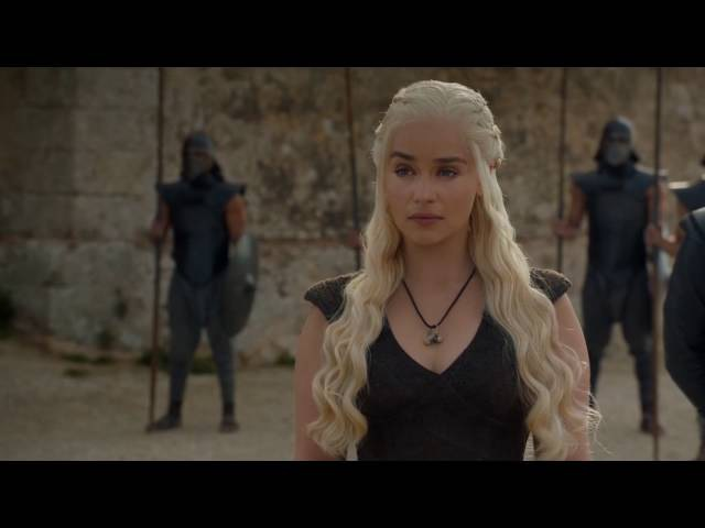 Game of Thrones 6x09 - Daenerys and her three dragons against the slave masters at Meereen