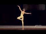 Maddie Ziegler The Mannequin