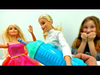Барби у Стоматолога Лечим зубы 👼 ЗУБНАЯ ФЕЯ принесла подарок 🎁 Игры Барби / Мул...