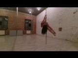 Pole dance Diana
