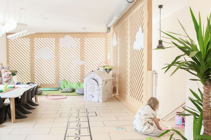 Playful Coffee Shop Draws Parents in Poland