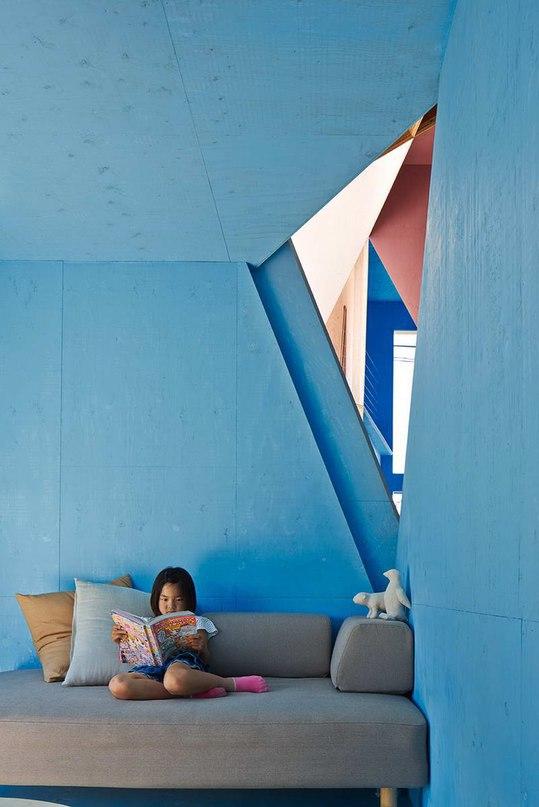 Квартира — Дом (Apartment — House) в Японии от Kochi Architect's Studio.