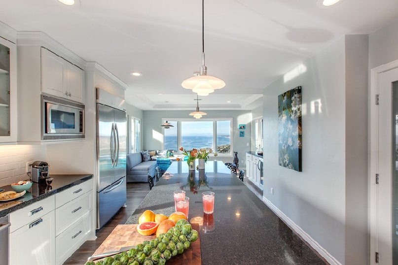 Fresh Beach House Merging Classic and Contemporary Details (Part 1)