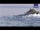 Участники патриотической акции форсировали Керченский пролив на БРДМ-2в память об операции 1943 года