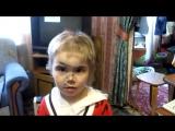 Маленькая девочка сама постриглась – папа в шоке!