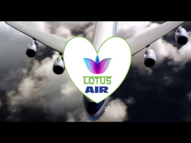 Стюардессы авиакомпании LotusAir