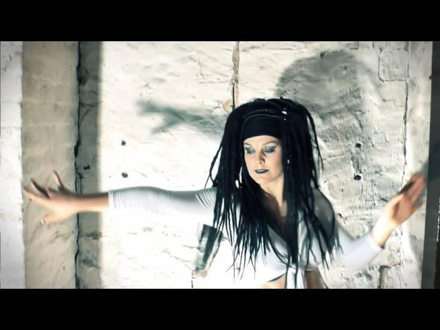 INDUSTRIAL DANCE - Need to Change - Brioni Faith | Ciwana Black