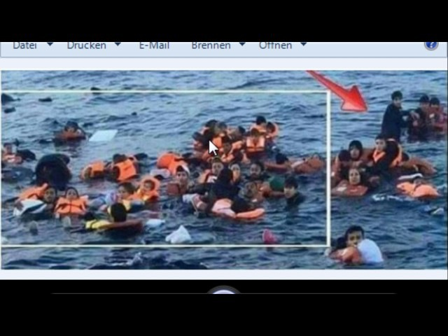 Lügenpresse - Einer hat sich nicht ans Drehbuch gehalten - Migranten saufen ab