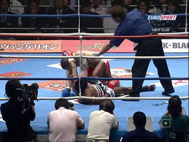 Буакау против Андре Дида 2009