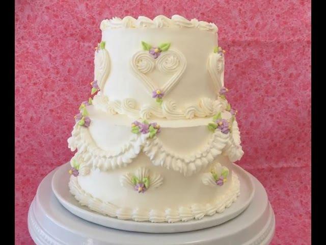 Оформление тортов кремом. Украшение свадебного торта испанским кондитером