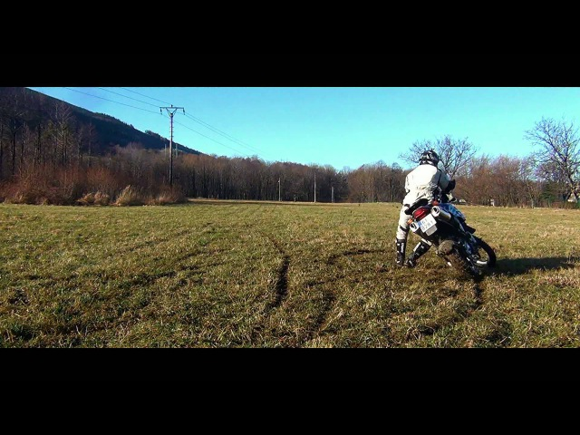 BMW F 650 GS DAKAR slow motioned shoots of off road riding