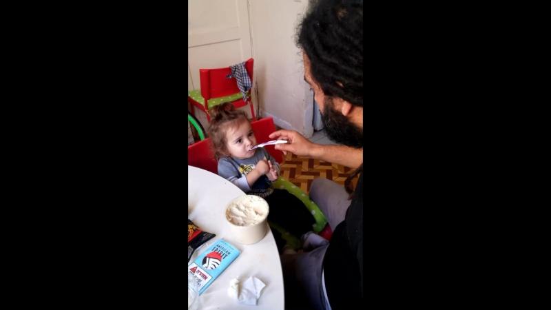Eating humus with aba