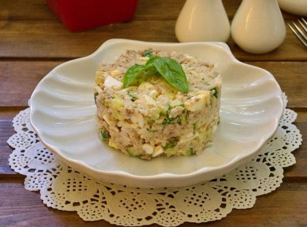 Рыбный салат рецепт из консервов