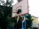 Настя пытается выбить мяч