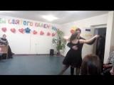 танц 4 сразу (под розовым пиджаком должна была быть майка )