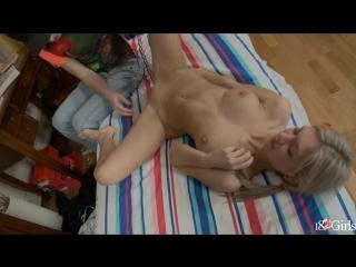 porno-vstrecha-vipusknikov-russkaya