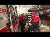 Турция: Раненый доставлен в больницу после того, как Килис автомобиль бомба убивает 45 в аль-Баб.
